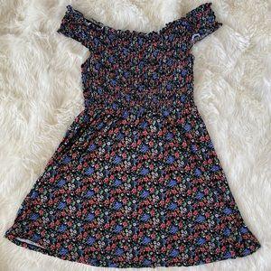 FOREVER 21 Smocked Off the Shoulder Floral Dress